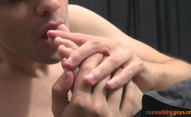 Toe Sucking Guys - Moonek