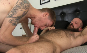 MuscleBull Barebacks Sean Redcock